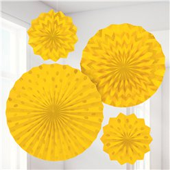 Rosetones de papel decorativos brillantes en amarillo